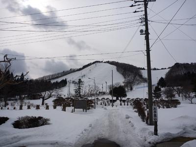 裏のスキー場